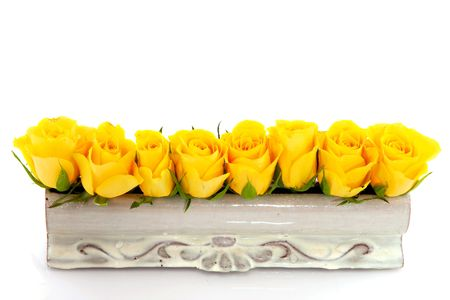 yellow roses as table decoration Reklamní fotografie