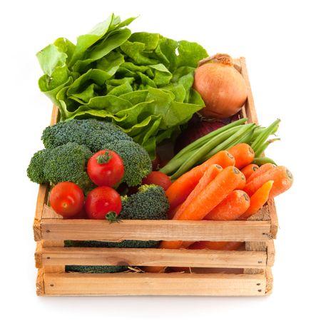 broccoli: Houten kist met een diversiteit van het dagelijks fruit