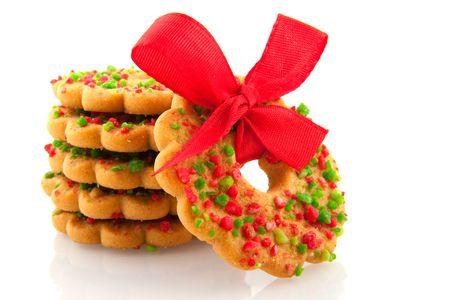 coronas navidenas: Coronas de Navidad en rojo y verde con cinta