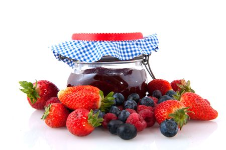 Jam with a diversity of fruit from the season Stock Photo - 6351738