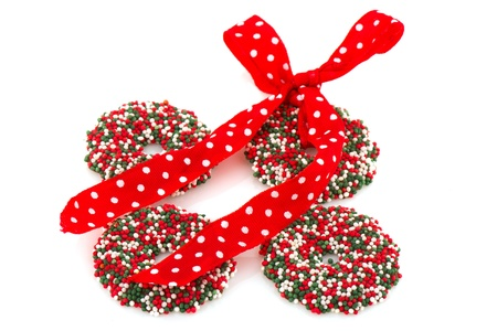 coronas navidenas: Coronas de Navidad de chocolate coloridos en verde y el rojo