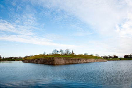 vesting: Dutch fortress in water surrounded Naarden Vesting