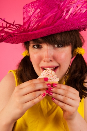 tailes: Sweet girl in yellow and pink with icecream