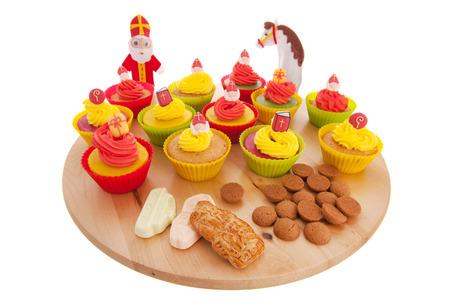 pepernoot: Home made Sinterklaas cupcakes with pepernoten and meringue