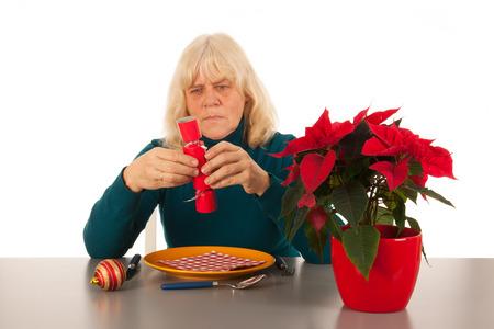soledad: Soledad en la época de Navidad para una mujer mayor
