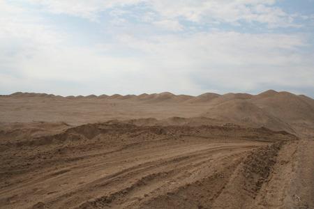 sand dune: sand dune
