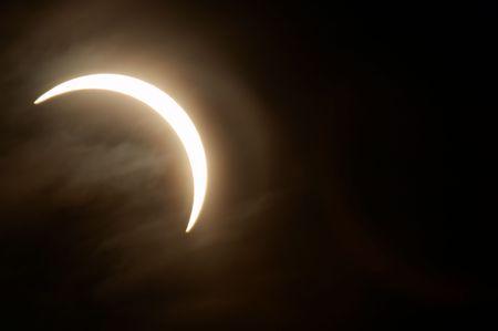 部分日食、ノボシビルスク、ロシア、2006 年 3 月 29 日