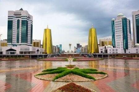 都市景観。アスタナ、カザフスタン共和国の首都 写真素材