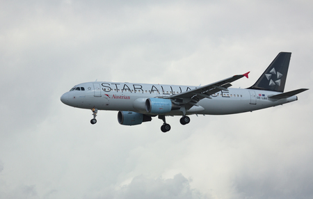 Airbus A320 approach and landing