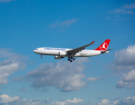 Turkish Airlines approach and landing