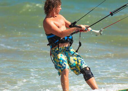 Photo athlete kitesurfing Editorial
