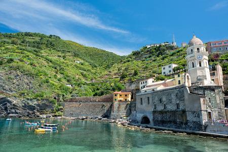 vernazza: Vernazza cinque terre pictoresque village colorful houses