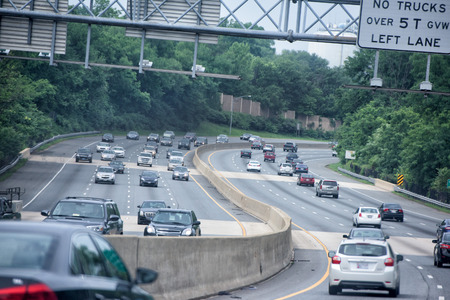 congested: WASHINGTON, USA JUNE, 22 2015 Maryland to Washington heavy car traffic Congested highway