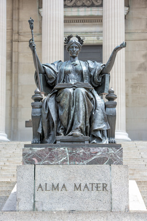 alma: Columbia University Library in New York facade
