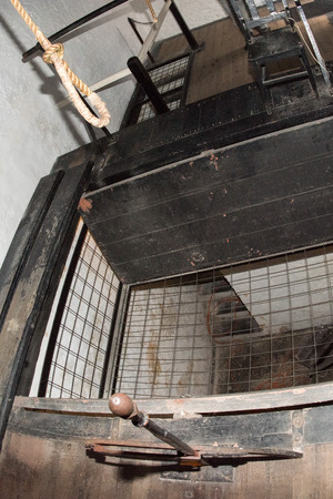 capital punishment: PERTH - AUSTRALIA - AUGUST, 20 2015 - Capital execution dead punishment chamber in Fremantle Prison: more than 50 people were hanged inside this room Editorial
