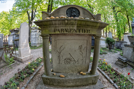 monumental cemetery: PARIS, FRANCE - MAY 2, 2016: Monumental  Pere-Lachaise cemetery, Paris. Each year thousands fans and curious visitors come to pay homage to celebrities grave Editorial
