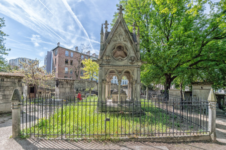 passionate lovers: PARIS, FRANCE - MAY 2, 2016: One of history?s most passionate and romantic true love stories- The remains of the Abelard and Heloise star-crossed lovers were buried together under this canopy tomb built in 1817