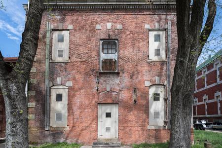 ellis island abandoned psychiatric hospital