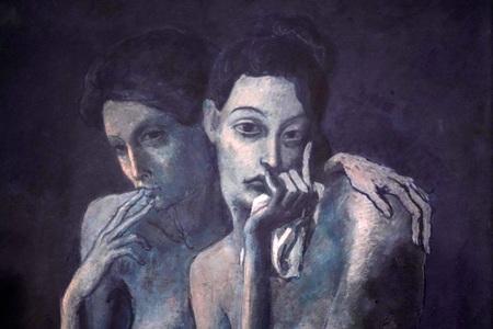 París, Francia - 5 de octubre de 2018 - Exposición de Pablo Picasso en el Museo de Orsay lleno de turistas, del período azul al rosa