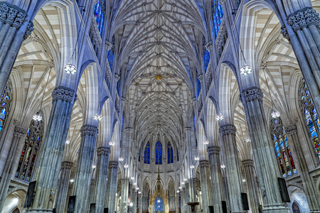 saint patrick church in new york interior Editorial