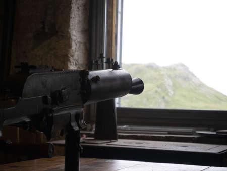 first world war wwi pistol maching gun