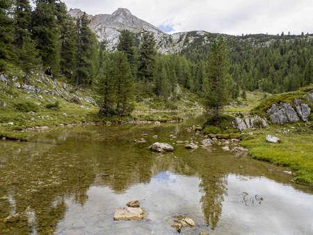 fanes lake dolomites mountains panorama landscape in summer season Stockfoto