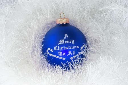 cel: Decorazioni natalizie e blu palla  Archivio Fotografico