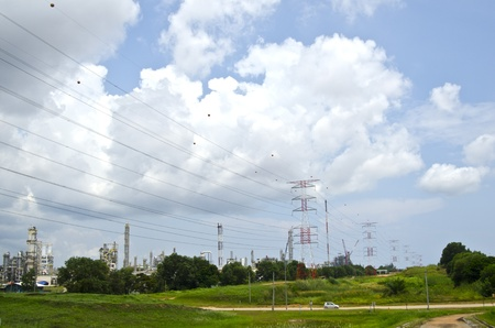 Largest view of electrical tower line Stock Photo - 10995539