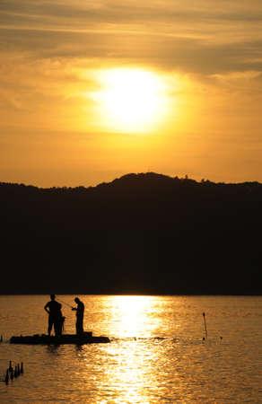 Felkészülés a halászati Stock fotó