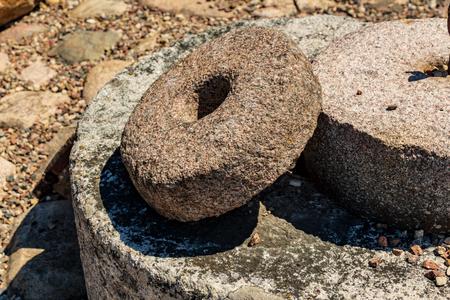 antico mulino in pietra del mulino del paese