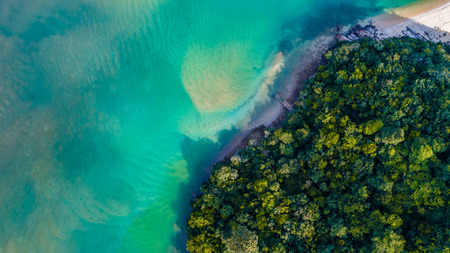 Aerial view of a beautiful ocean and white sandy beach at Bukit Keluang, Terengganu, Malaysia from a drone Stockfoto