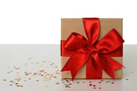 빨간 리본 선물 상자