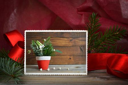 marco madera: Foto de la vendimia de la decoraci�n natural de la Navidad