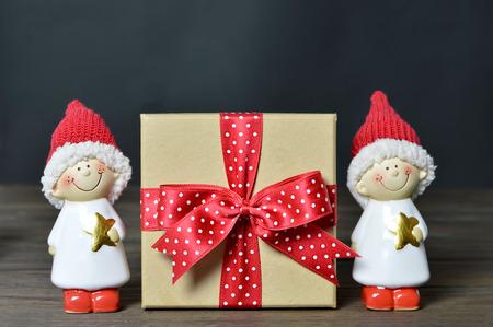 elves: Christmas gift and Christmas elves