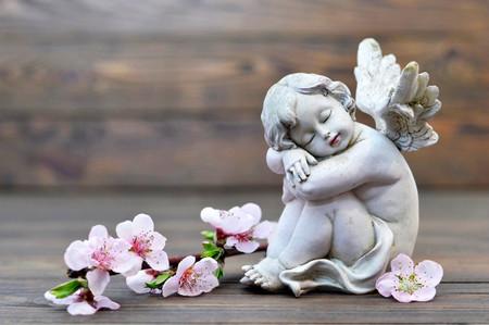 Aniołek stróżujący śpi Zdjęcie Seryjne