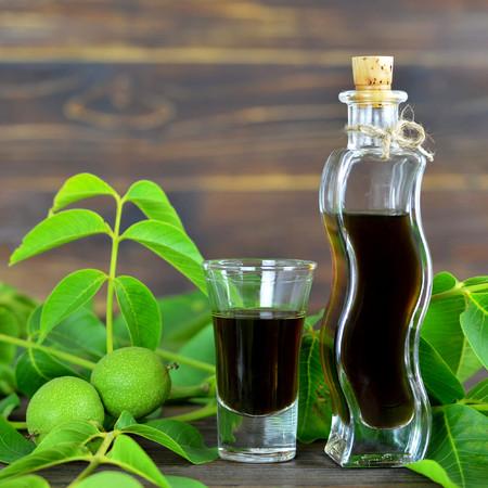 Green walnut liqueur Stok Fotoğraf