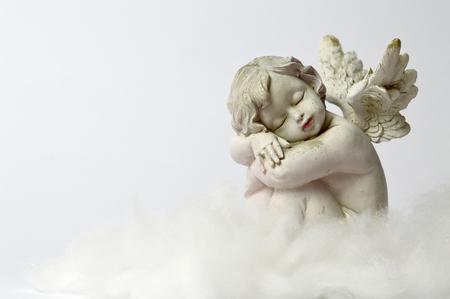 Ángel dormido en la nube