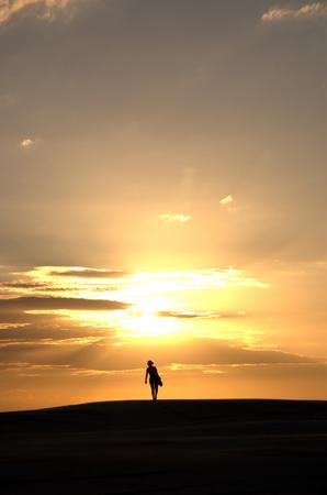 Walking to de sun photo