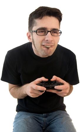 jugando videojuegos: Hombre jugar videojuegos aislados en fondo blanco