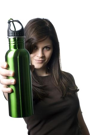 reusable: Una giovane donna con una bottiglia di acqua riutilizzabile. Archivio Fotografico