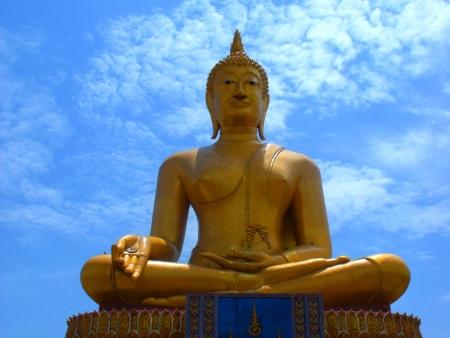 singburi: big buddha thai singburi big buddha in thailand