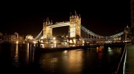 London Bridge nuit Banque d'images