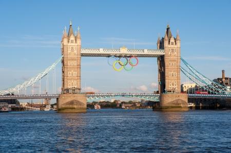 Tower Bridge � Londres avec Olimpic Ring, Royaume-Uni