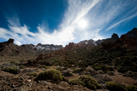 View red desert, mountains of the island of Gran Canaria Stock Photo - 14691563