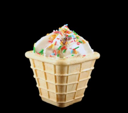 fatter: Sweet marshmallow cone with colored cake sprinkles.