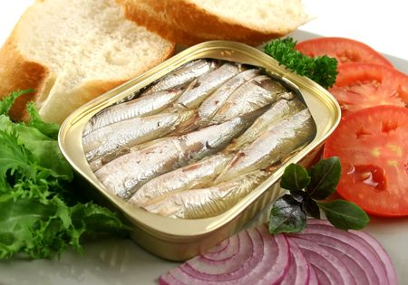 Sardines with bread, red onion, tomato and lettuce. Stock Photo - 3214034