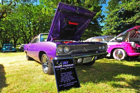 purpule: July 09, 2011 The 2011 Gorge Days in North Bonneville, WA car show.  A restored 1970 Plymouth Road Runner