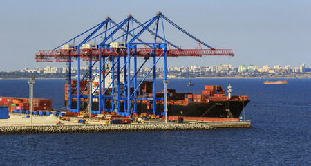 Odessa, Ukraine - September 20, 2018. Container ship unloaded at cargo port Éditoriale
