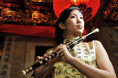 flauta: Retratos de mujeres en Oriental Tema