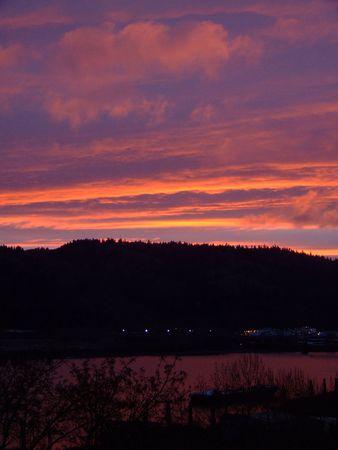 willamette: Sunset over Willamette